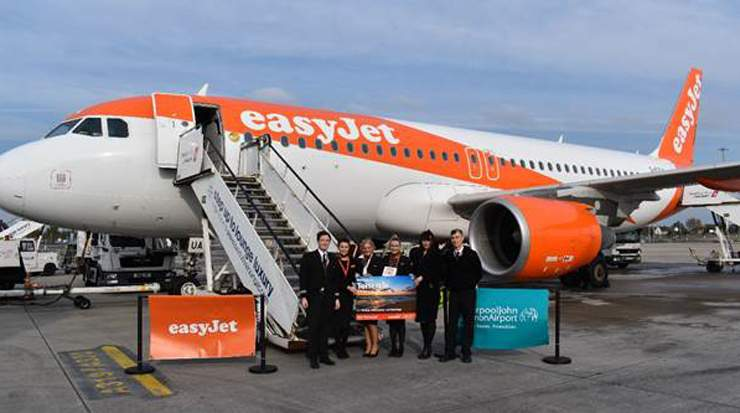 easyJet crew and Katie Elliot, head of marketing at LJLA