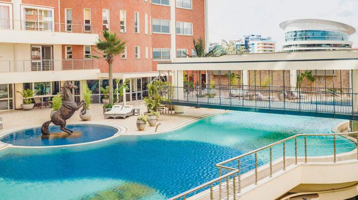 Mövenpick Hotel & Residences Nairobi is located 20km from Jomo Kenyatta International Airport