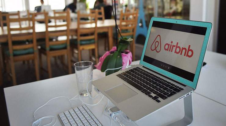 Airbnb has at least 10 percent of the available rooms within 10 of the largest US cities