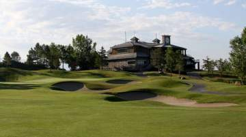 Thanksgiving Point Golf Club is located adjacent to the Thanksgiving Point Institute, approximately 40.2 km south of Salt Lake City