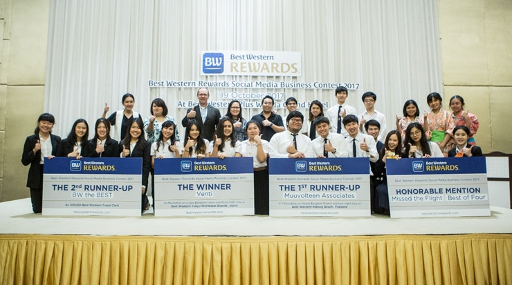 Bangkok's Thammasat University winning team