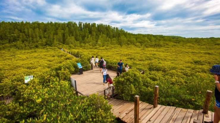 TAT has launched various marketing activities to promote the tourism route development within the royal wisdom project