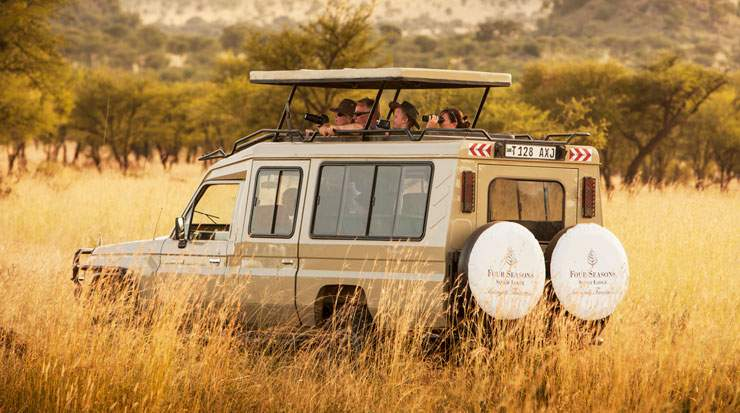 Guests have a choice of safari activities during their stay at Four Seasons Safari Lodge
