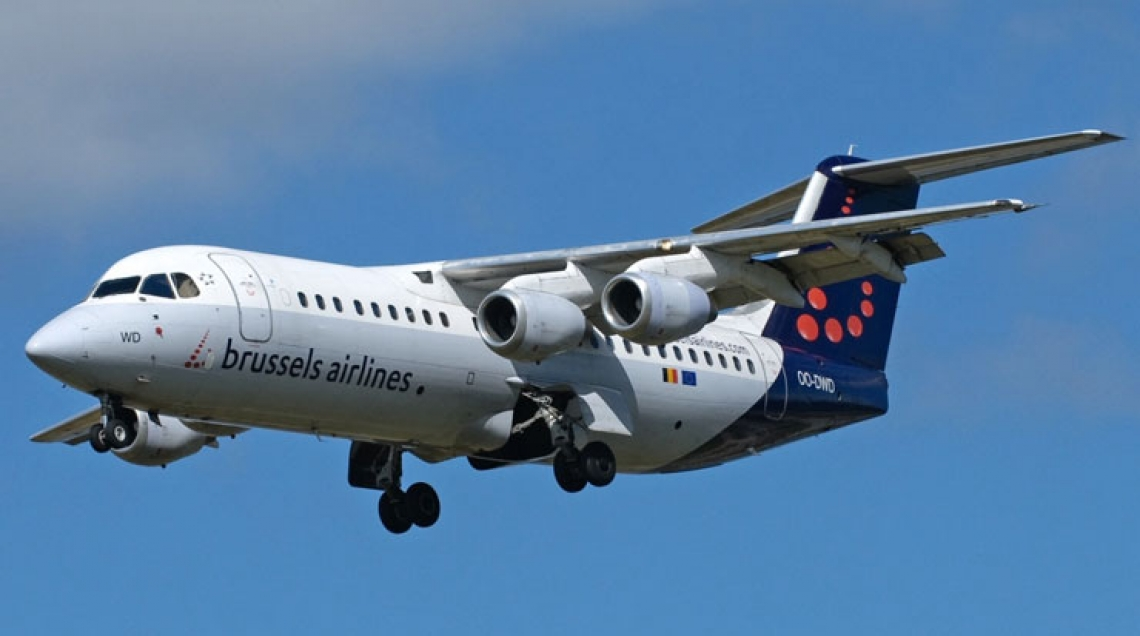 brussels airlines avro rj100