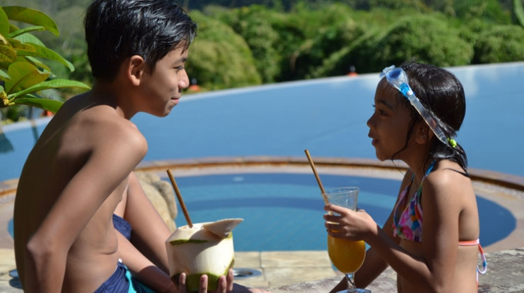 Anantara and AVANI Do Away With Plastic Straws