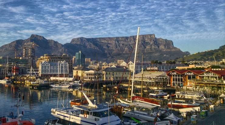 Known as 'Mother City', Cape Town includes Table Mountain among its major attractions